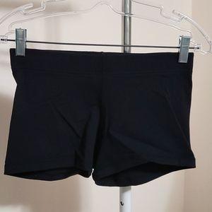 Lululemon NWOT Black Booty Shorts 4